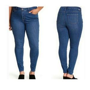 Rebel Wilson X Angels Pin-up Skinny Jeans